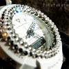 キラキラまぶしい腕時計「g-shock miniデコレーションウオッチ 白」(セルポア)